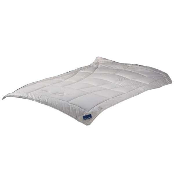 Cotonea Vierjahreszeiten-Steppbett Dilana Schafschurwolle Größe 155x220 cm