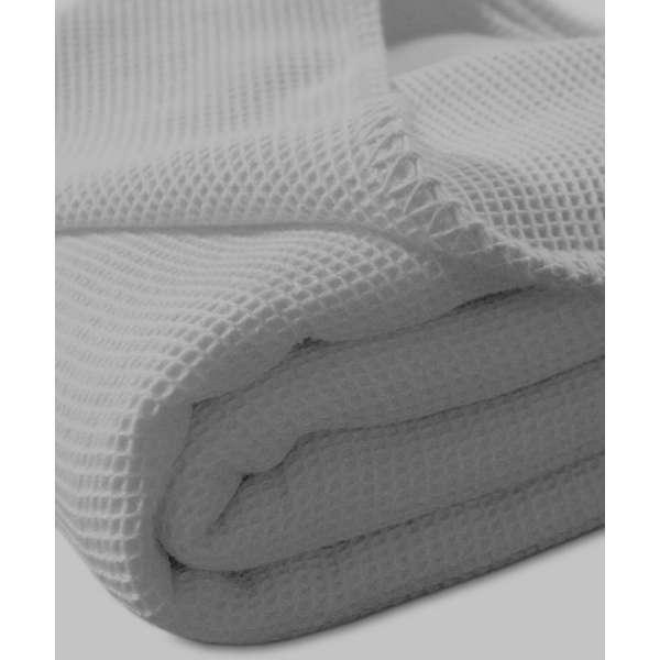 Kneer la Diva Pique Decke Qualität 91 Farbe platin Größe 150x210 cm Kuscheldecke