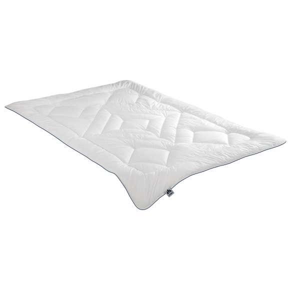 IRISETTE Steppbett Merit leicht, Größe 200x200 cm, Sommerdecke